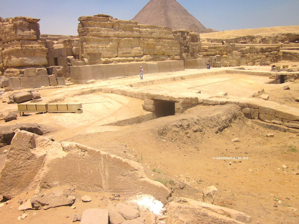 How to understand the proverb sphinx not understood to the grave 77
